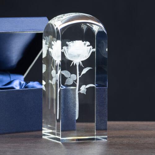 oryginalny prezent walentynkowy: wieczna róża