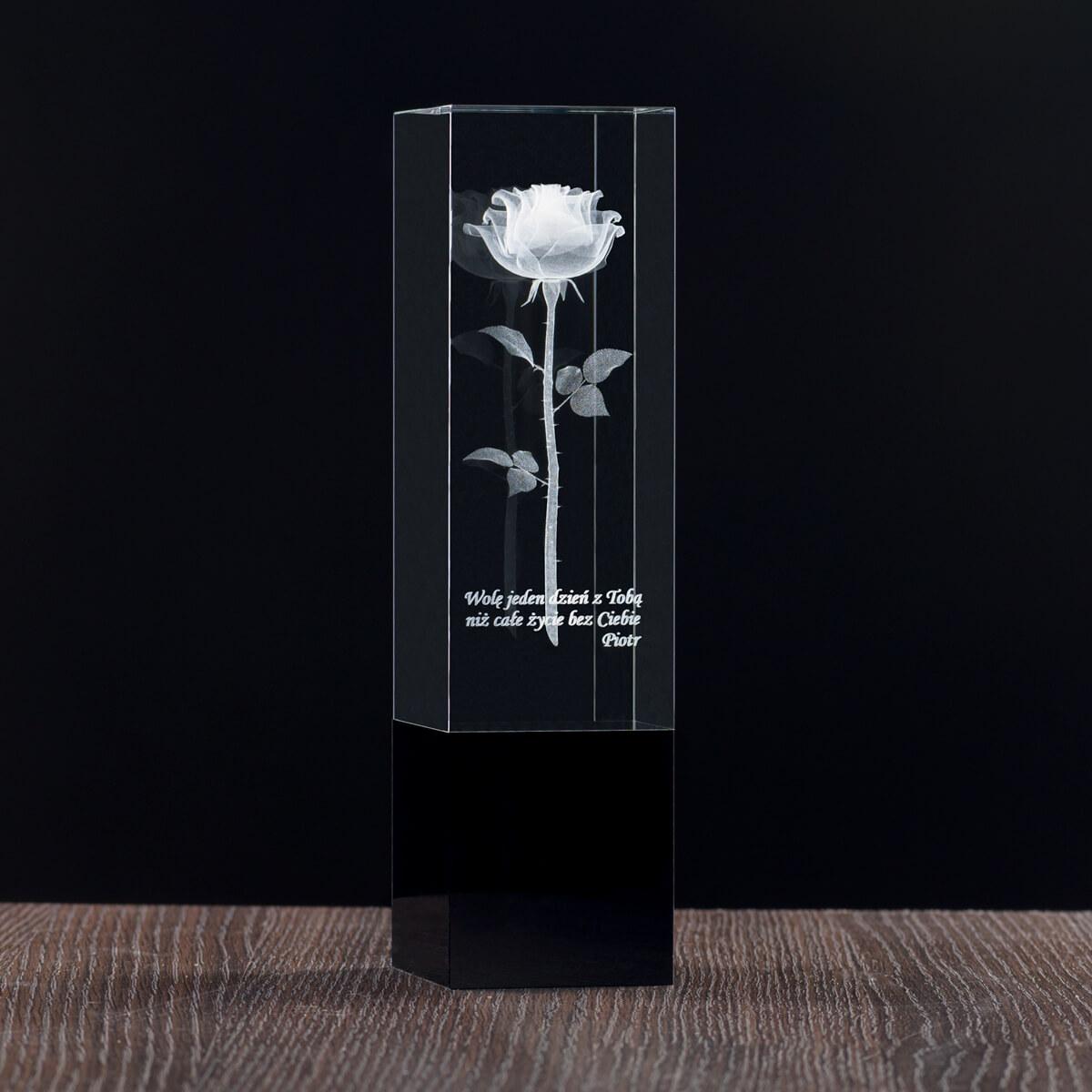 statuetka z grawerowaną różą 3d