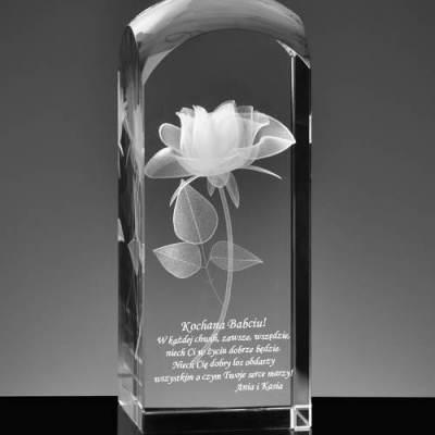 Trójwymiarowa róża wraz z specjalną dedykacją