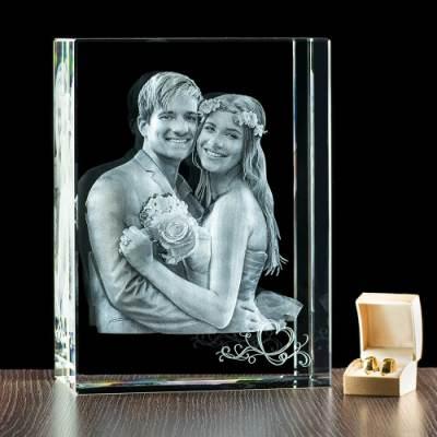 MEGA statuetka, kryształ z grawerem 3D na ślub