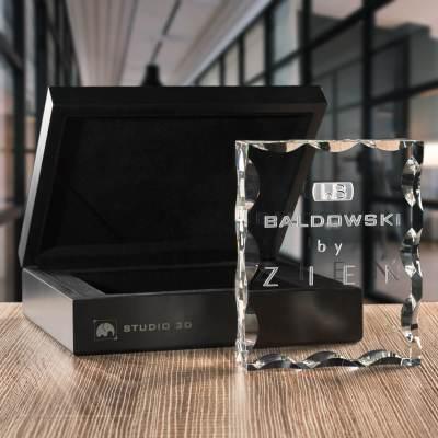 -PREMIUM- Firmowa statuetka na promocję firmy, grafika firmowa w krysztale