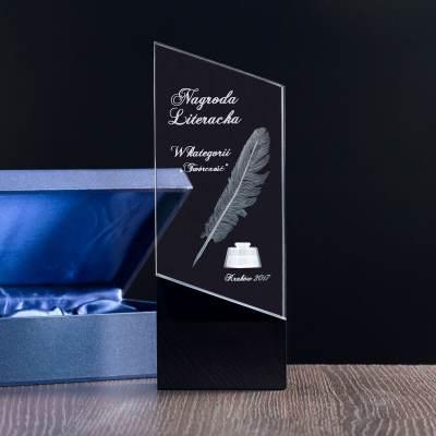 Nagroda literacka, Trofeum kryształowe z personalizowaną dedykacją