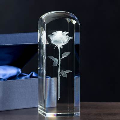 Róża 3D - Dzień taty - kryształowa statuetka