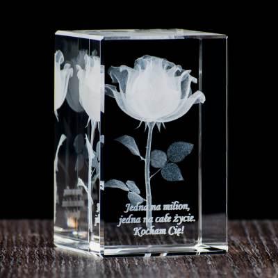 Róża 3D wtopiona w kryształ oraz indywidualna dedykacja