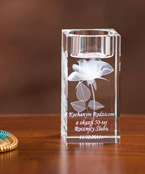 Kryształowy świecznik z różą 3D