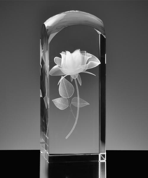 Róża wyrażająca więcej niz 1000 słów, grawer w krysztale
