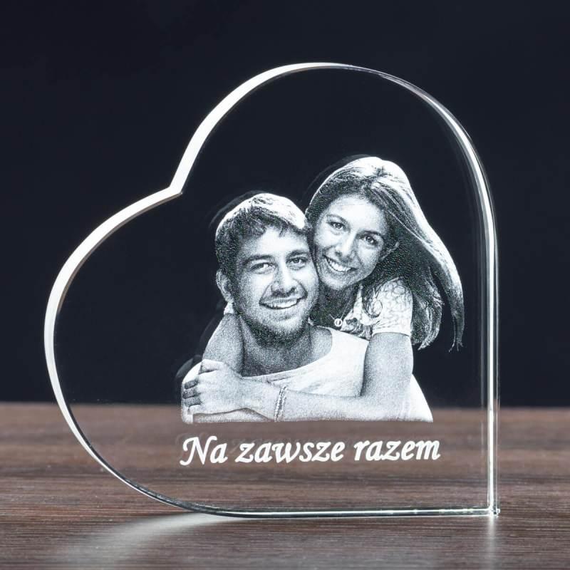 Duże kryształowe serce ze zdjęciem na rocznicę