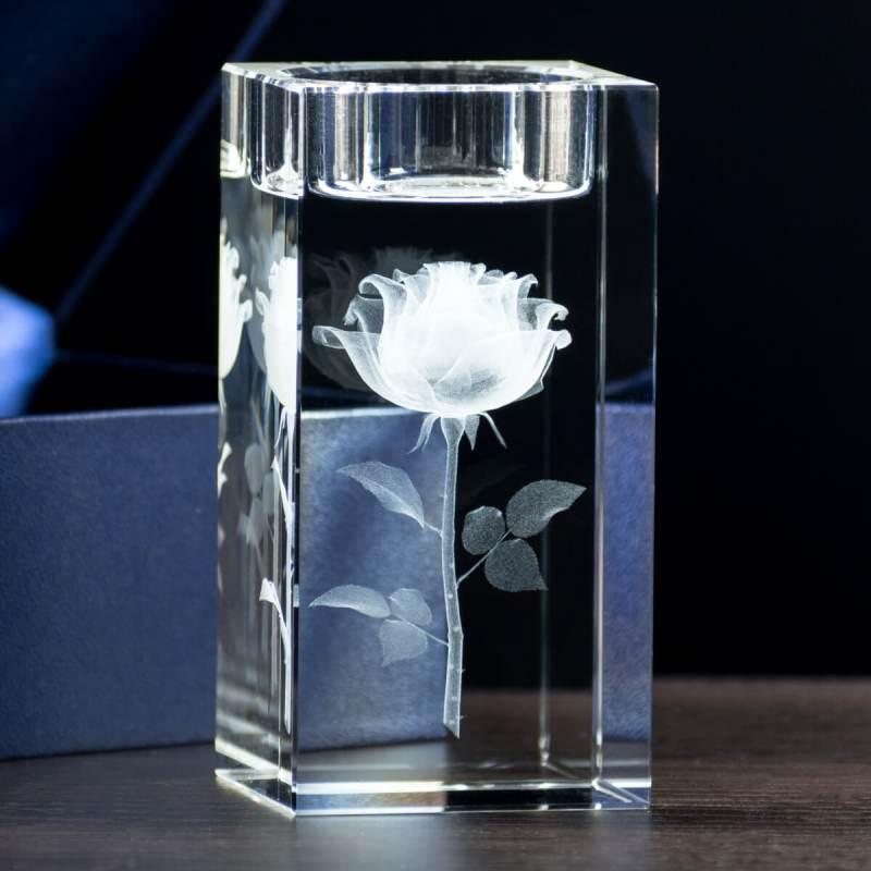 Kryształowy świecznik z różyczką 3D