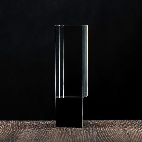Statua z kryształU