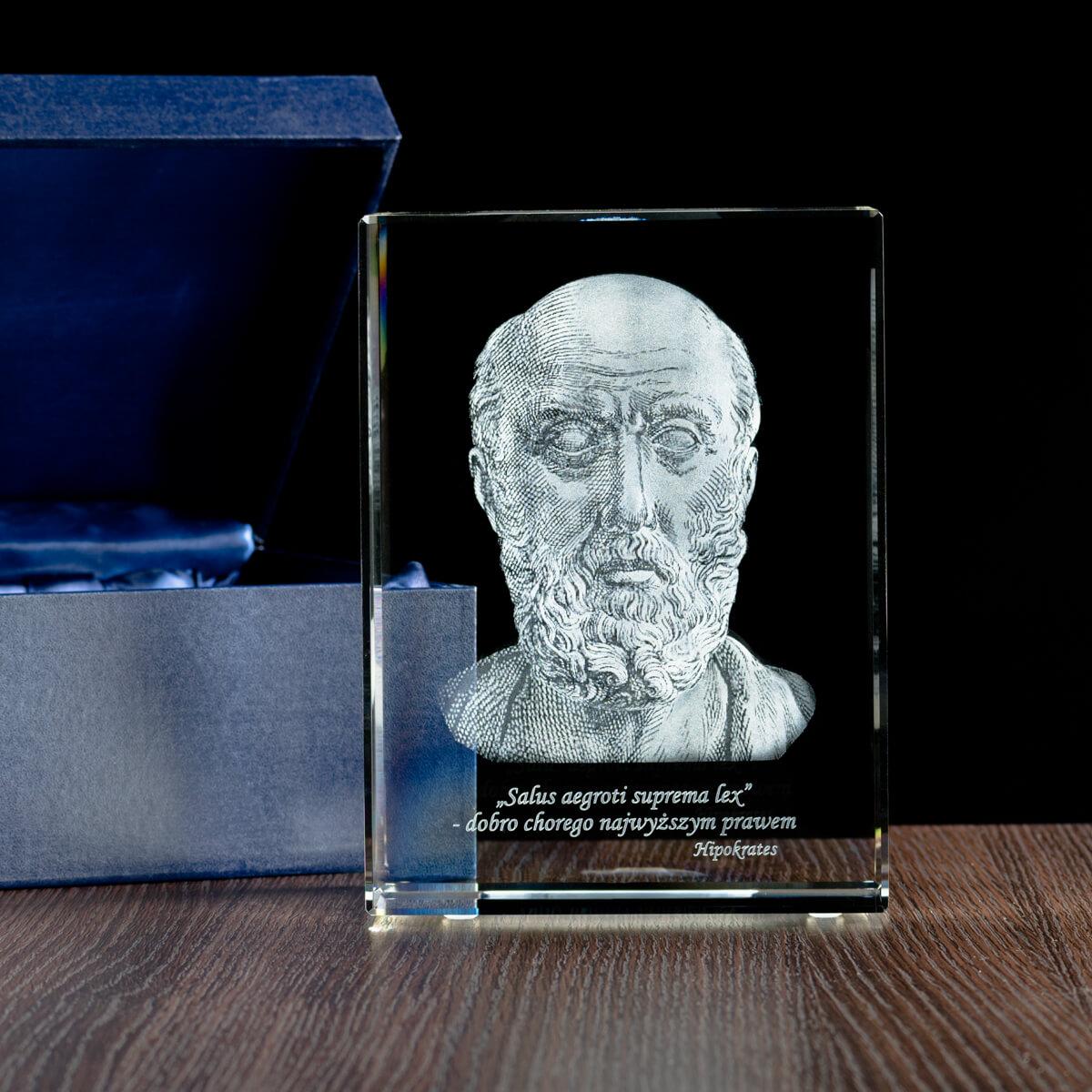 Rzeźba hipokratesa w krysztale - pamiątka uzyskania tytułu