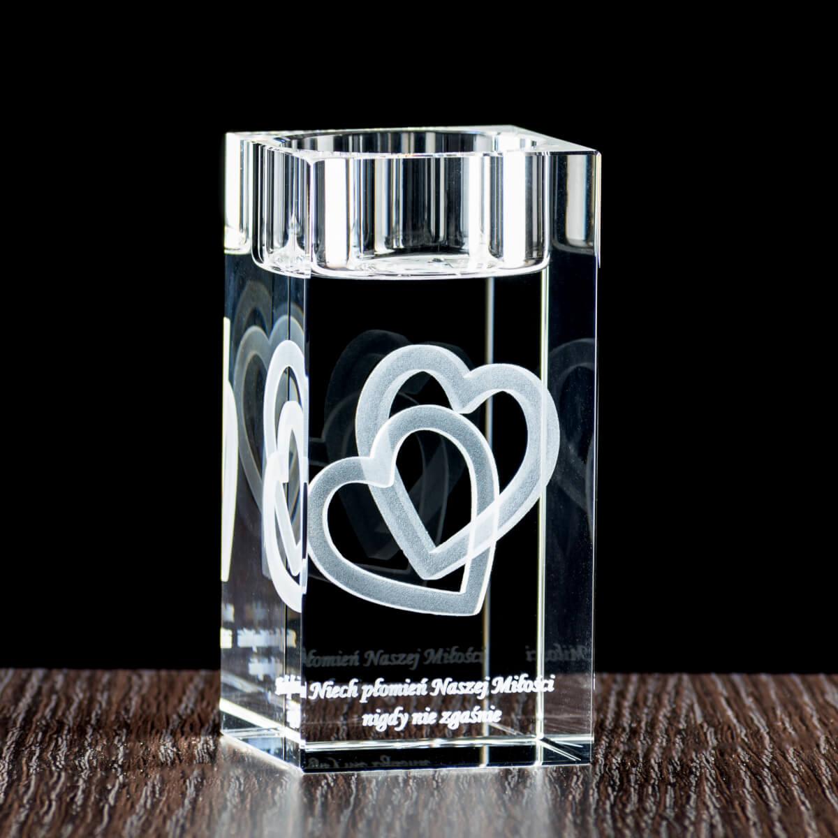 Kryształowy świecznik z dedykacją dla rodziców